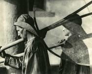Lot #1776: JOSE ORTIZ-ECHAGUE - Pecheurs, la Nuit - Original vintage photogravure