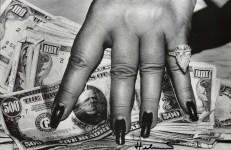 Lot #2063: HELMUT NEWTON - Fat Hand and Dollars - Original photolithograph