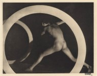 Lot #309: FRANTISEK DRTIKOL - Nu circulaire - Original vintage photogravure